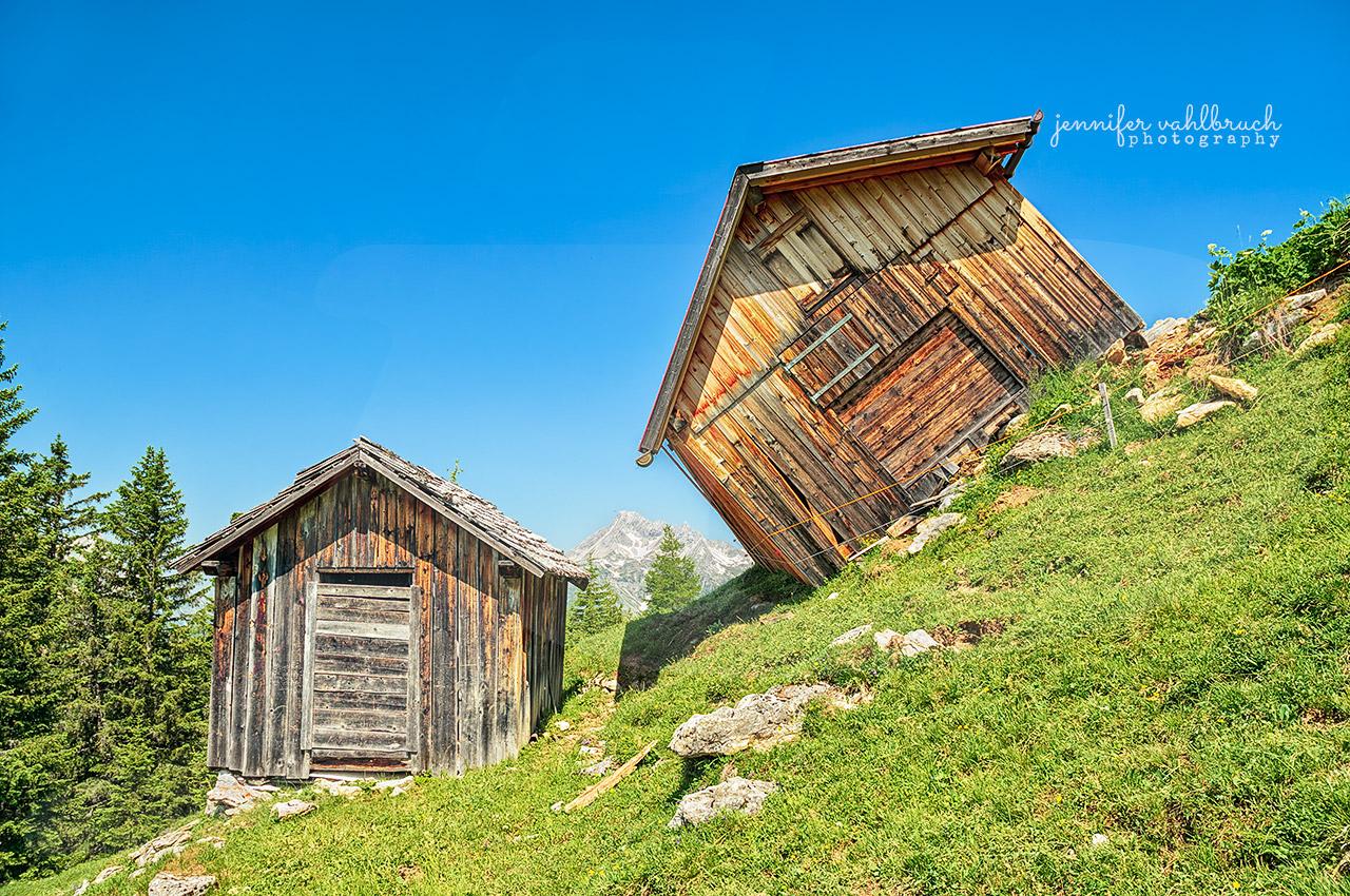 Schiefe Hütte - Bergwelten Galerie